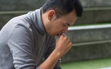 30岁小伙咳嗽半年,一查竟是肺癌!医生:肺癌越来越年轻
