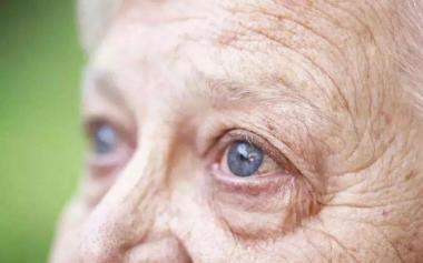 八旬婆婆突然失明,原因竟是糖尿病引发的并发症!
